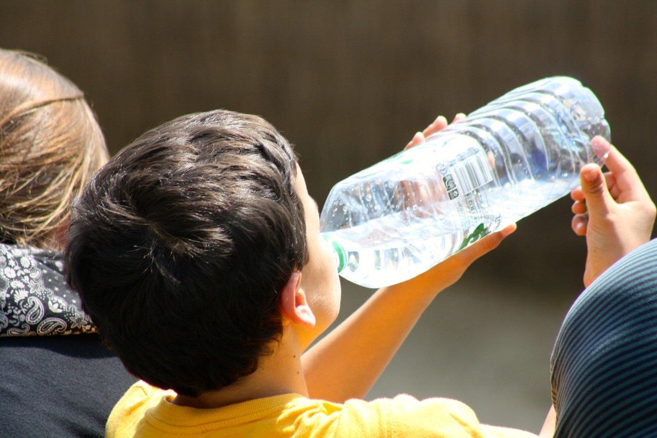 Ante altas temperaturas, llaman a prevenir y evitar el llamado golpe de calor